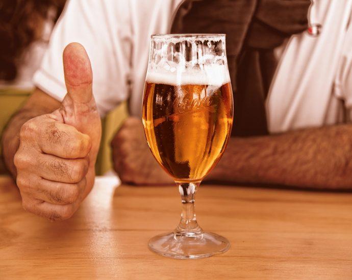 glas bier pilsje
